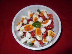 Salată de valeriană cu ouă și mozzarella Mozzarella, Cobb Salad