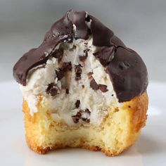 Chocolate-dipped Cannoli Cupcakes Recipe by Tasty