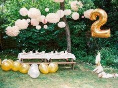 schnelle Deko für Kindergeburtstag im Garten Pompons Ballon