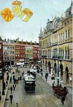 Rechts Plan C... (Het 1e Groothandelsgebouw concept werd verwoest in 1940) a/d Kolkkade.
