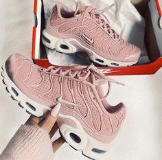 e0b174254870 Tendance Sneakers 2018   Astra (3 colors) - Flashmode Tendance