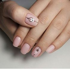 156 chic natural short sqaure nails design ideas for any occasion -page 45 > Homemytri. Nail Art Cute, Sqaure Nails, Minimalist Nails, Nude Nails, Perfect Nails, Simple Nails, Trendy Nails, Nails Inspiration, Beauty Nails