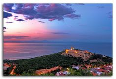 The Lombardian castle of Platamonas is perhaps the most important monument of Pieria and 'trademark' of the province Photos For Sale, Cool Photos, Macedonia Greece, Transportation Services, Airport Transportation, Like A Local, Thessaloniki, Beautiful Islands, Oh The Places You'll Go