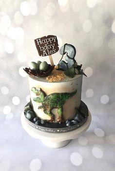 Dinosaur cake - cake by Sweetartstories