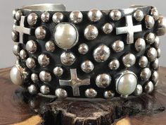 NAVAJO~CHIMNEY BUTTE~ VERY LARGE ~CROSS AND PEARL ~STERLING SILVER ~BRACELET | eBay