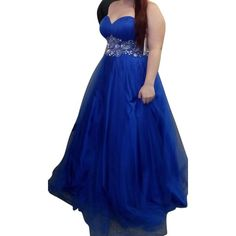 Pre-owned Royal Blue Sweetheat Neckline Princess Style Formal Gown... ($300) ❤ liked on Polyvore featuring dresses, gowns, royal blue, blue prom dresses, royal blue evening dress, blue ball gown, royal blue dress and formal dresses