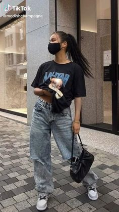 Adrette Outfits, Swaggy Outfits, Skater Girl Outfits, Indie Outfits, Teen Fashion Outfits, Retro Outfits, Cute Casual Outfits, Stylish Outfits, Travel Outfits