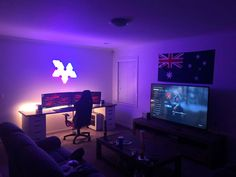 Where i dwell. Gaming Desk Setup, Best Gaming Setup, Computer Setup, Pc Setup, Office Setup, Computer Rooms, Gamer Bedroom, Bedroom Setup, Small Game Rooms