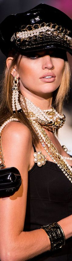 Dsquared² S/S 2013 | Love the layered pearls and earring set