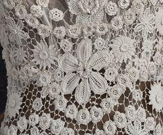 Edwardian Clothing at Vintage Textile: back detail Irish crochet wedding dress c.1912