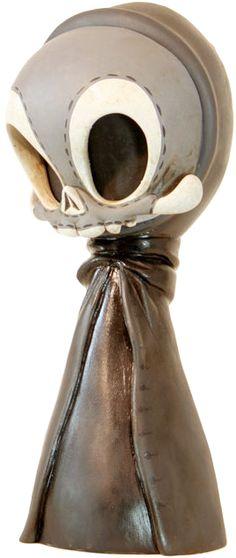 """Gothic Greeter"" | Skelve | Materials: Resin | Size: 10"" | Artist: Brandt Peters #brandtpeters #circusposterus"