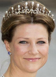 Pearl & Diamond Tiara worn by Princess Martha Louise of Norway