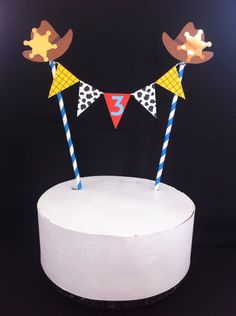 Disney Party Ideas: Toy Story Party cake bunting