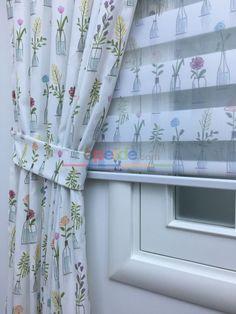 Vazolu Renkli  Çiçekli Fon Perde Living Room Color Schemes, Room Colors, Ali, Home Decor, Curtains, Kitchens, Homemade Home Decor, Decoration Home, Room Decor
