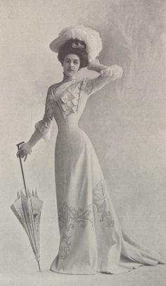 1901, Septembre - Les Modes Paris - Princess dress by Blanche Lebouvier.