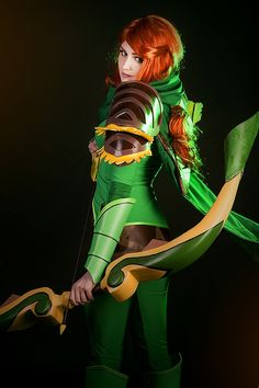 And Wednesday is as good a time as any for some DotA cosplay. Who doesn't like DotA and Dota 2 cosplay? Dota 2 Cosplay, L Cosplay, Best Cosplay, Cosplay Girls, Cosplay Costumes, Awesome Cosplay, Female Cosplay, Anime Cosplay, Batman Christian Bale