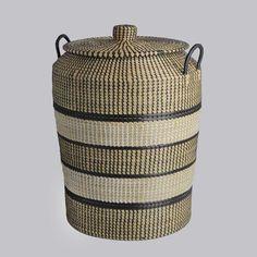 Afbeeldingsresultaat voor basket with tassels laundry lid