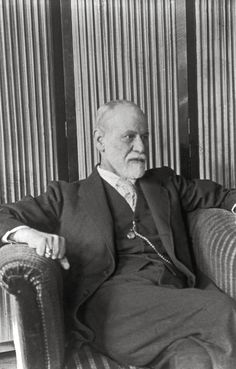 The Freud Museum ~ Photo Library ~ 25