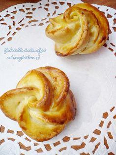 Kelt rózsa Hungarian Recipes, Hungarian Food, Snacks, Breakfast, Drink, Kitchen, Morning Coffee, Appetizers, Beverage