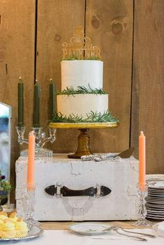 Country Style Wisconsin Wedding - Rustic Wedding Chic