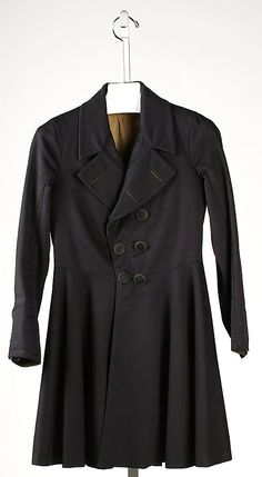 A great looking frock coat from the 1840s.  I especially love the collar and lapels as well as the angled buttons.