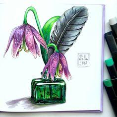 Насколько притягательно сочетание фиолетового и зелёного  Так что немного темного и таинственного ✨ a bit dark and mysterious. A very beautiful combination of green and purple. #загадочно #mistery #purple #green #цветы #перо #фиолетовый #зеленый