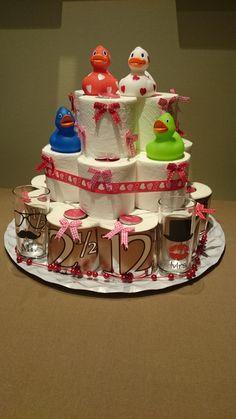 12,5 jaar getrouwd. wc rollen taart!
