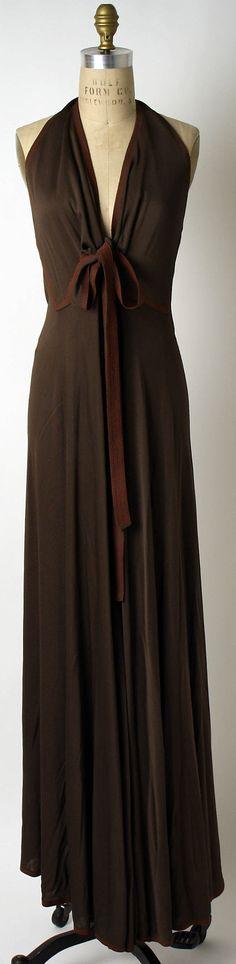 1972 Geoffrey Beene Evening dress Metropolitan Museum of Art, NY. See more vintage dresses at www.vintagefashionandart.com/dresses