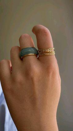 Hand Jewelry, Dainty Jewelry, Cute Jewelry, Jewelry Rings, Jewelery, Silver Jewelry, Jewelry Accessories, Aesthetic Rings, Gold Earrings Designs