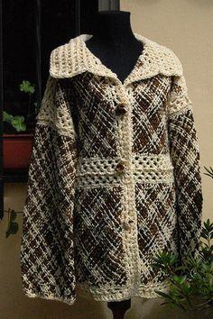 Sacón by Milmakhia Ropa en telar, via Flickr Crochet Pouch, Knit Crochet, Loom Weaving, Hand Weaving, Old Sweater, Crochet Patterns, Knitting, Coat, Clothes