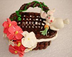 cestinha media de biscuit  para enfeitar e presentear ou vender ... (Com... Wicker Baskets, Gingerbread, Biscuits, Clay, Desserts, Youtube, Decor, Vintage, Weddings