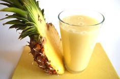NYÁRBA REPÍTŐ ANANÁSZ SMOOTHIE  (1dl smoothie: 46kcal, 0,7g fehérje; 8g szénhidrát; 1,5g zsír)  Videó recept itt:  https://www.youtube.com/channel/UCSt8fcCwjY3w-Du9L-IIcSA  Az ananász smoothie jótékony hatásairól bővebben itt olvashatsz: http://napifittkonyha.blog.hu  Kövess a Facebookon is: https://www.facebook.com/napifittkonyha    egyszerűen. egészségeset. gyorsan. finomat.  Napi Fitt Konyha: videó receptek az egészséges táplálkozás jegyében