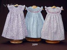 Foto: Vestido bordado jesusito bebe moda infantil ropa bebe