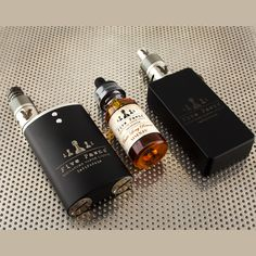 Five Pawns, Vaporflask and Good Clean Vapes looking good together #goodcleanvapes #fivepawns #itsyourmove #vaporflask