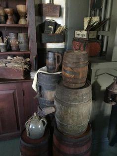 (99) Painted keg antiques