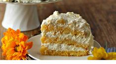 Cake ingredients: 1 box yellow cake mix with pudding 1 oz.) can mandarin oranges, including juice ½ cup oil 4 large eggs Directions: Combine cake mix, oranges (including juice) and oil; mix on medium Lemon Cake Mixes, Yellow Cake Mixes, Orange Pineapple Cake, Pineapple Desserts, Pineapple Recipes, Pineapple Upside, Cheesecake Mix, Cheesecake Recipes, Two Layer Cakes