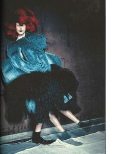 BLUE WITCHES (CDG SPECIAL) Photographer : PAOLO ROVERSI Model : ANNA CLEVELAND
