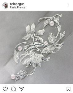 Wondrous Useful Ideas: Opal Jewelry Art Nouveau jewelry stand roses. Jewelry Model, Cute Jewelry, Boho Jewelry, Jewelry Art, Crystal Jewelry, Vintage Jewelry, Unique Jewelry, Jewlery, Leather Jewelry