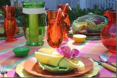 outdoor summer tablescape~ can use all plastic for inexpensive party!