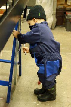 Innokas, pieni työmies - lapsen työhaalari. Working overall for children.