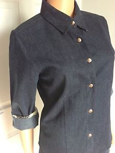 Another denim shirt, lovely and warm. Looks great with black skirt.