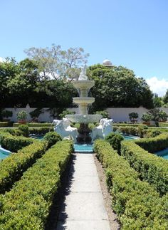 New Zealand Travel Inspiration - exploring Hamilton Gardens where you can travel through different countries gardening styles over the years...possibly my favourite gardens in the world!