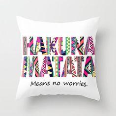 I think I need to make one of these hakuna matata pillows asap!!! <3