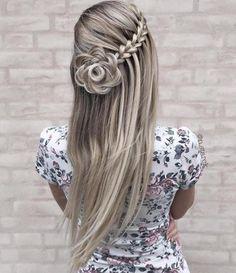 Brautmode: Atemberaubende Hochzeitsfrisuren - 2019 hairstyles long for long long hairstyles hair braids hair curls hair cut with layers hair ideas hair styles hair volume long hair Side Braid Hairstyles, Easy Hairstyles For Long Hair, Diy Hairstyles, Pretty Hairstyles, Hairstyles 2018, Hairstyle Ideas, Blonde Hairstyles, Fashion Hairstyles, Rose Hairstyle