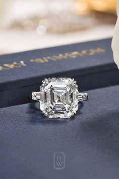 Idée et inspiration Bague De Fiançailles :   Image   Description   18 Incredible Harry Winston Engagement Rings ❤ See more: www.weddingforwar… #wedding #harry #winston #engagement #rings