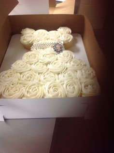 Great for a Bridal Shower...Wedding Dress Cupcakes
