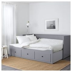 HEMNES Day-bed frame with 3 drawers, grey. A sofa, a single bed, a double bed and storage in one piece of furniture! If you like the style, you can combine it with other furniture in the HEMNES series. Cama Murphy, Murphy Bed Ikea, Murphy Bed Plans, Sofa Cama Ikea, Ikea Daybed, Hemnes Day Bed, Day Bed Frame, Modern Murphy Beds, Decorate Your Room