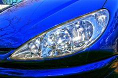 Peugeot 206 eye  http://nisshingeppo2.wordpress.com/2013/02/10/%e9%96%a2%e6%9d%b1%e4%b8%83%e5%90%8d%e5%9f%8e%e9%87%91%e5%b1%b1%e5%9f%8e%e8%b7%a1%e3%81%a8%e5%a4%aa%e7%94%b0%e7%84%bc%e3%81%8d%e3%81%9d%e3%81%b0/