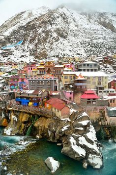 Badrinath Dham, Uttrakhand, India by Vikas Panghal