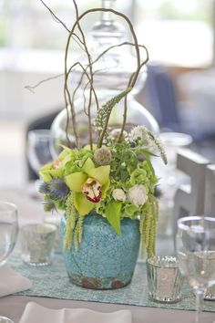 Loving this, turquoise centerpiece